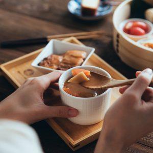 肉丸子蔬菜味噌湯_米販咖啡_cafederiz
